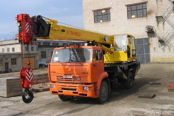 Угличмаш - самоходный-3577-3 на 14 тонн