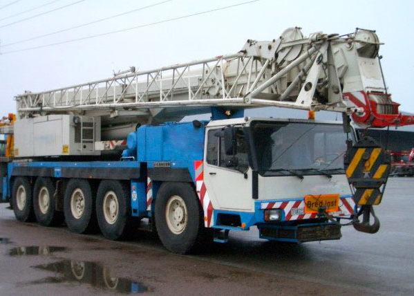 Автокран ЛИБХЕРР LTM-1120