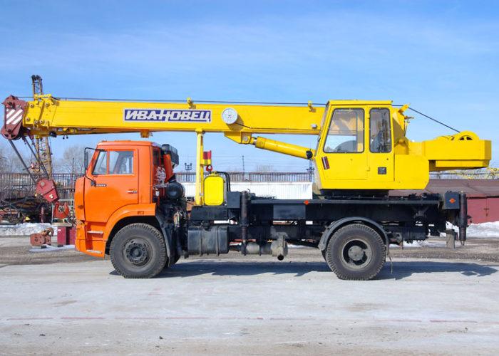 Ивановец КС-35714К-3 на шасси КАМАЗ-53605