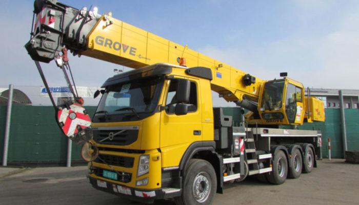 Автокран Grove на основе грузового автомобиля