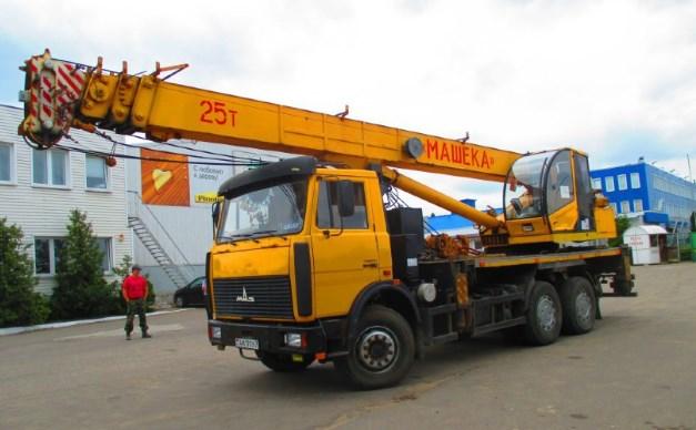 Автокран Машека КС 55727 – 25-ти тонник
