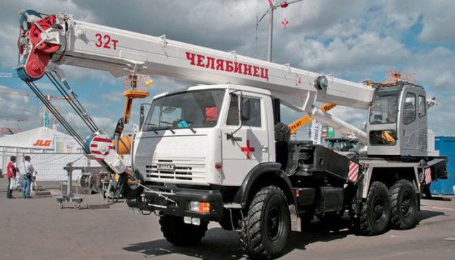 Автокран Челябинец 32 тонны