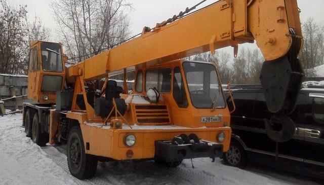 Автокран KATO 16 тонн