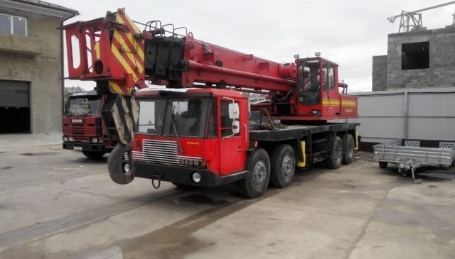 Автокран Kato 40 тонн