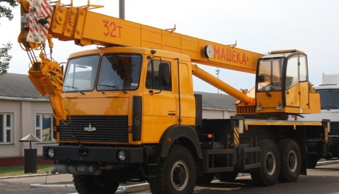 Автокран Машека 32 тонны