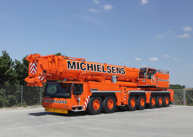 LIEBHERR LTM-1400-7.1